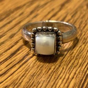 Silpada Button Frame Pearl Ring